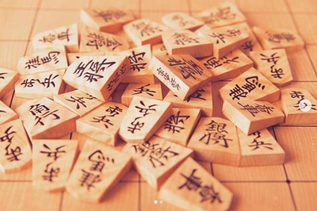 香川愛生将棋画像