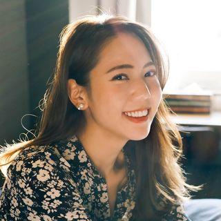 隣恋|ハルナ(杉野遥奈)の可愛いインスタ画像2