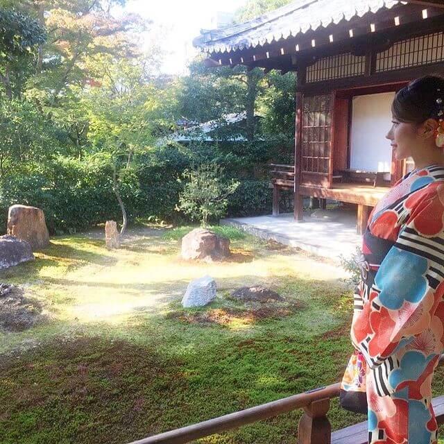 隣恋 サヤカ(茂木さやか)の可愛いインスタ画像3